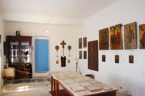 Chrissoskalitissa monastery: Rare icons and manuscripts