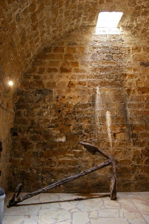 Koules Fortress: Stone built walls