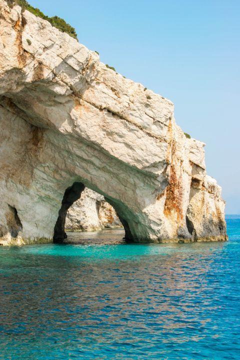 Blue Caves: Visit Blue caves.
