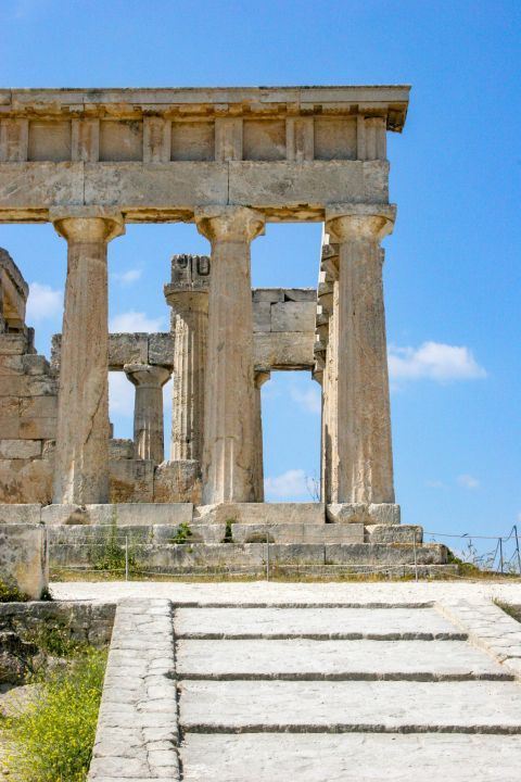 Athena Aphaia Temple: At the entrance towards the south was a columned gateway.