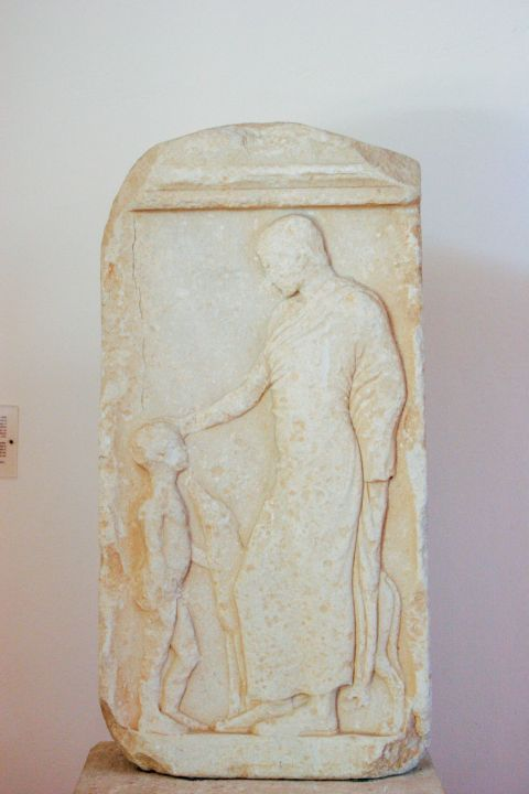 Archaeological Museum: Visitors can see parts of ancient columns, funerary styles, archaic inscriptions and many more unique exhibits.