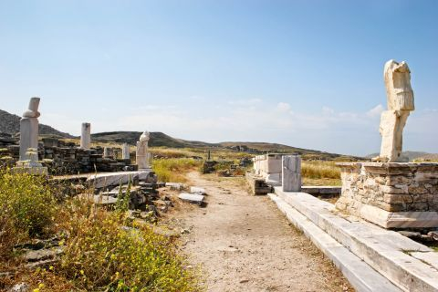 Statues and Ancient remains in Delos