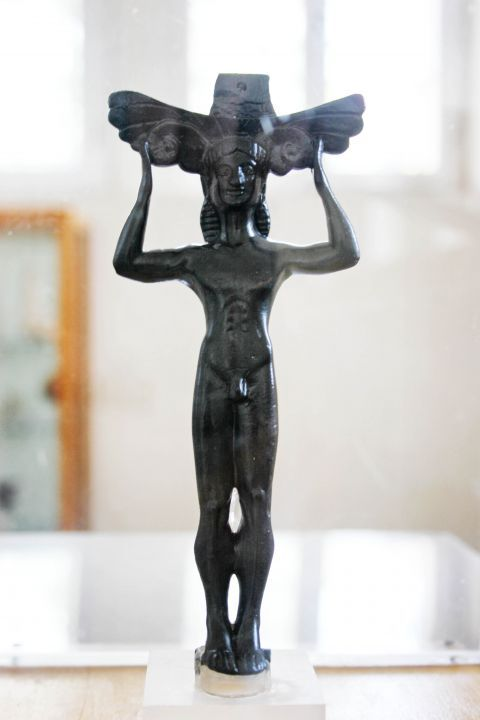 Archaeological Museum: Small statue