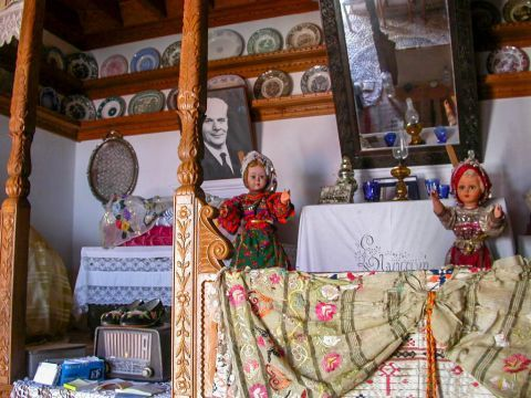 Othos Folklore Museum: The museum exhibits a rich collection of authentic folk pieces of Karpathos.