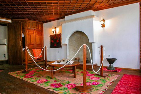 Theologos Folklore Museum: How the living room of a traditional house in Thassos looks like.