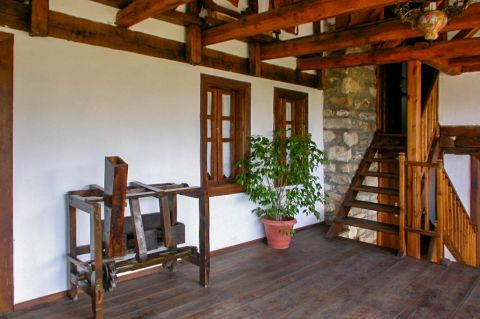 Theologos Folklore Museum: The museum offers you a clear view of a typical traditional house in Thassos.