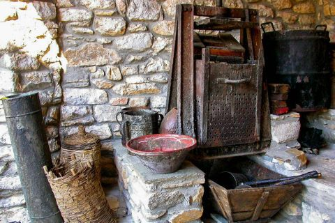 Theologos Folklore Museum: A large collection of machinery and agricultural tools