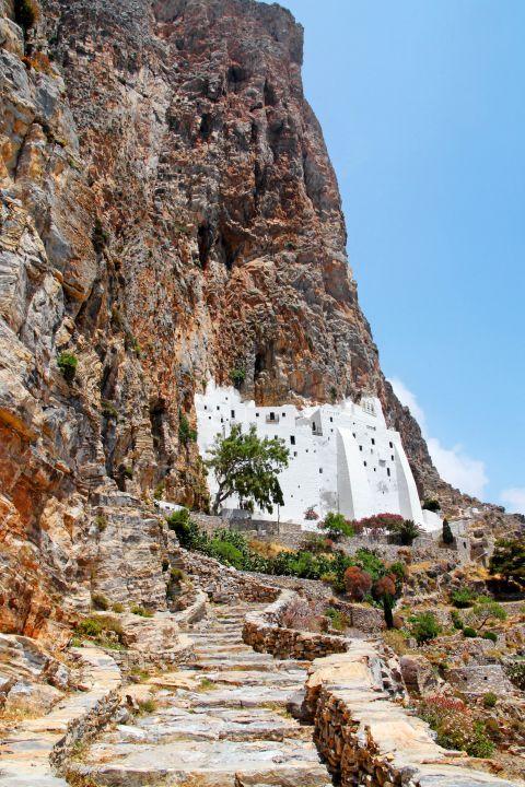 Hozoviotissa Monastery: The Monastery of Hozoviotissa