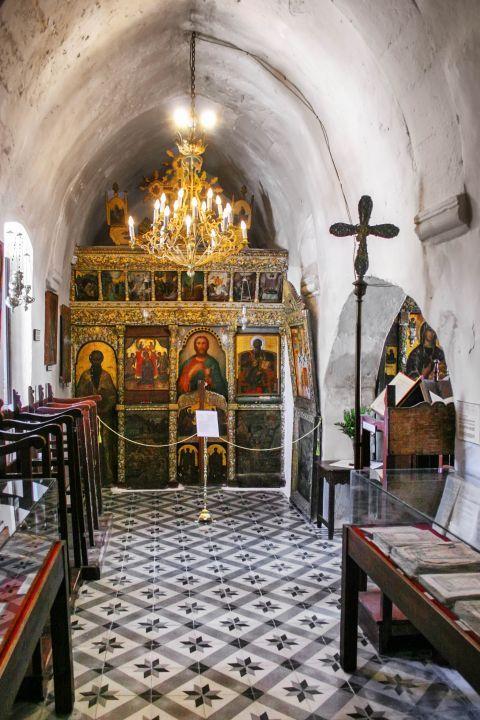 Agia Triada Church: Icons of the church