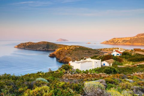 Fourni Island: A tranquil spot with short vegetation.