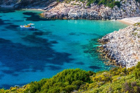 Fourni Island: Fourni is a nice destination if you are looking for pure nature and peace.
