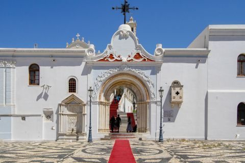 Evangelistria Church: The entrance of the Church of Evengelistria