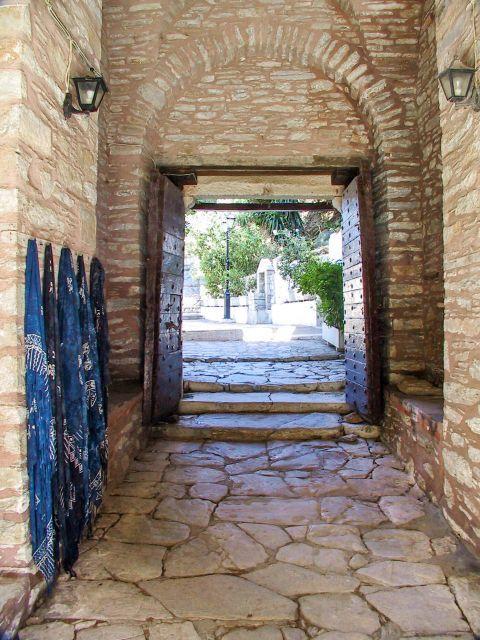 Monastery of Evangelistria: Stone-built premises.