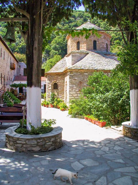 Monastery of Evangelistria: During the years of the Greek Revolution this monastery was providing shelter to the fighters and refugees.