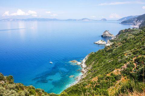 Church of Agios Ioannis Kastri: Amazing view of the surrounding coastal area of Skopelos.