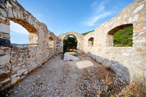 Ruins found close to the Ancient Marble Quarries