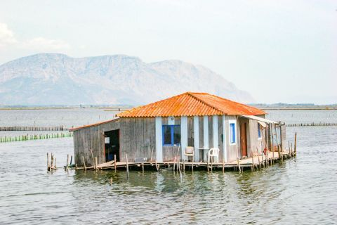 Sea Lake: A cabin, surrounded by waters.