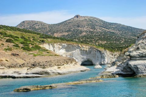 Sea Caves: Beautiful landscape at the Caves of MIlos