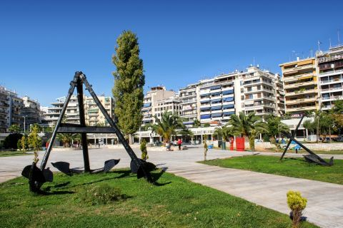 Piraeus Nautical Museum: The beautiful surroundings of the Nautical Museum