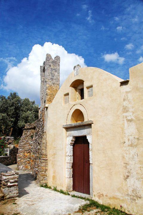Panagia Drossiani church: The wooden door of Panagia Drossiani