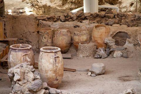 Akrotiri Minoan Site: Greek amphora vases found in Akrotiri Minoan Site