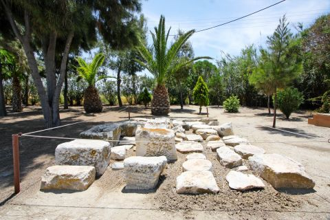 Dionysus Temple: Ruins of the Temple of Dionysus