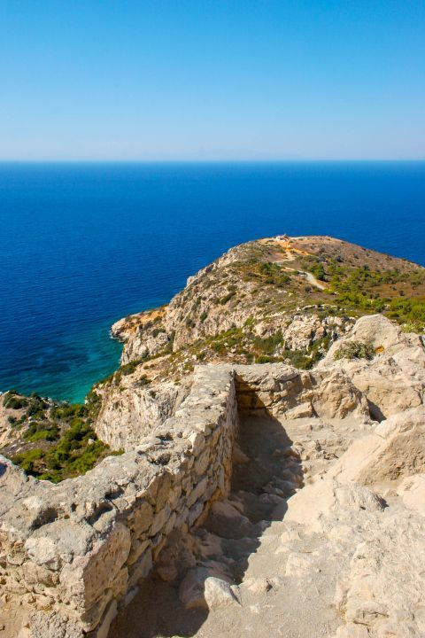 Castle of Kritinia: An unspoiled place. Relaxing sea view.