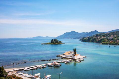 Kanoni and Mouse Island: Small fishing boats