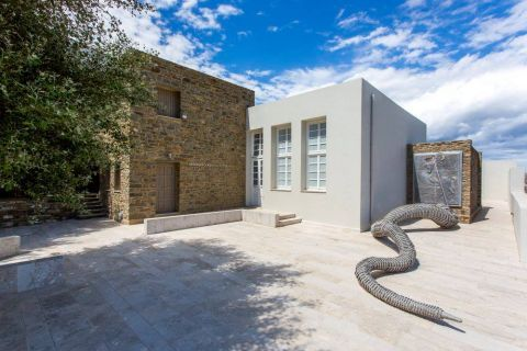 Kostas Tsoklis Museum: The renovated building, in which Kostas Tsoclis Museum is housed.