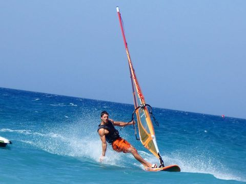 Windsurfing in Rhodes: Discover the best places - Greeka com