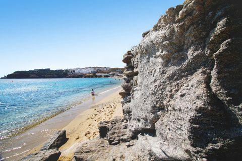 Agios Stefanos: An enormous cliff
