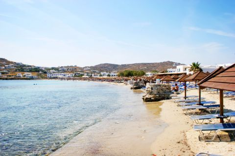 Ornos: The organized Ornos beach