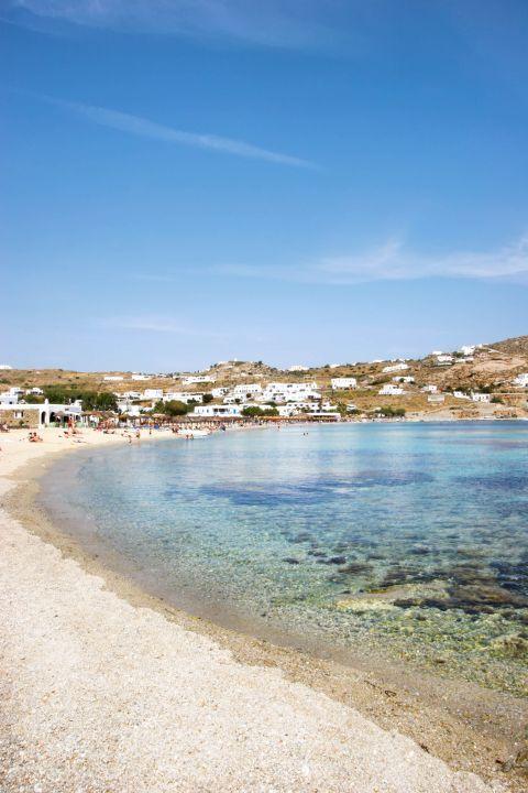 Ornos: Beautiful landscape of Ornos beach