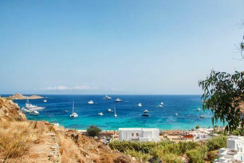 Paradise: Sailing in Paradise Beach