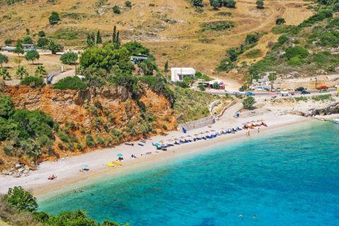 Makris Gialos: Panoramic view of Makris Gialos beach.