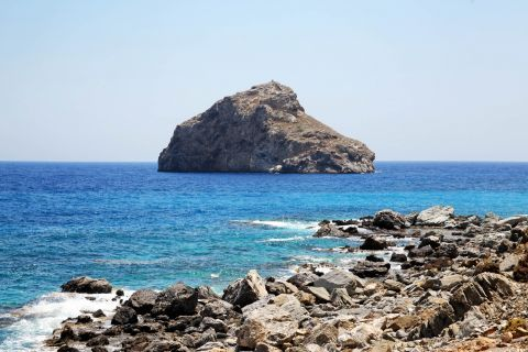 Agia Anna: A rocky islet