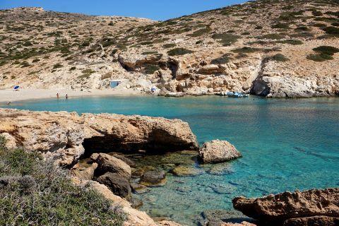 Kalotaritissa: The beach
