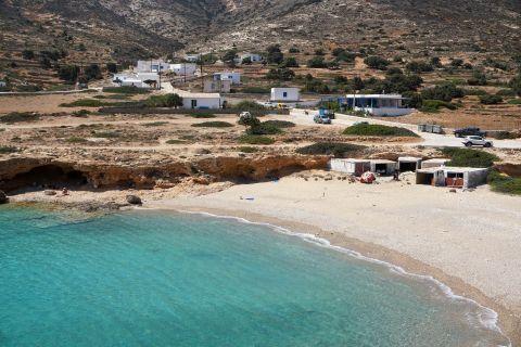 Kalotaritissa: View of the settlement and the beach