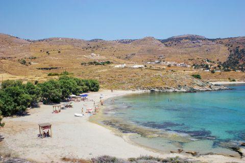 Koundouros beach: Panoramic view of Koundouros beach