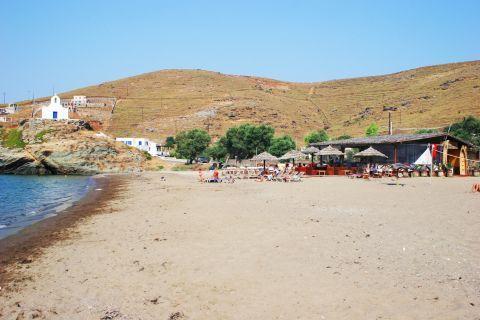 Korissia beach: Sandy beach