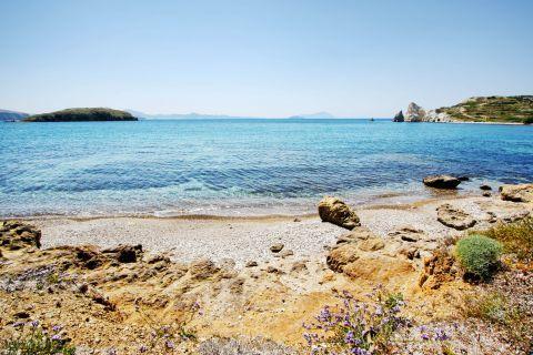 Mavrospilia: Mavrospilia beach