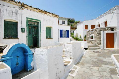 Driopida: Cycladic architecture