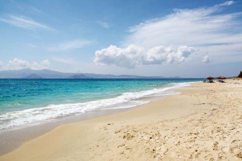 Plaka: An unspoiled beach