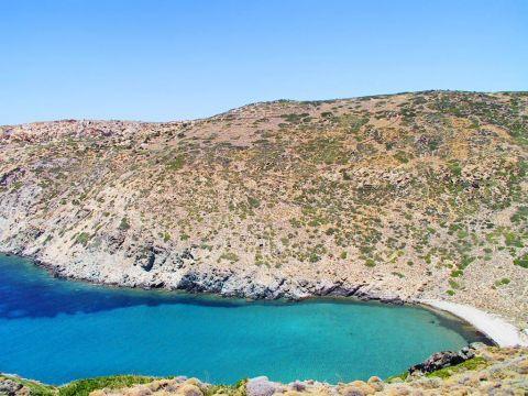 Vroulidia: Beautiful landscape