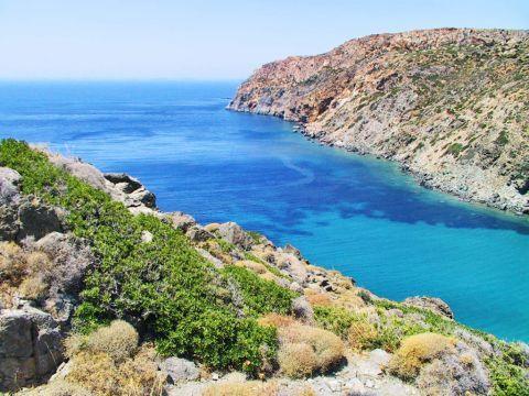 Vroulidia: Amazing waters