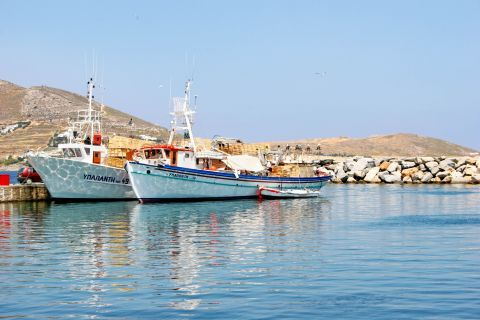 Naoussa: Boats in Naoussa
