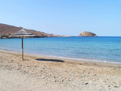Komito: Komito beach