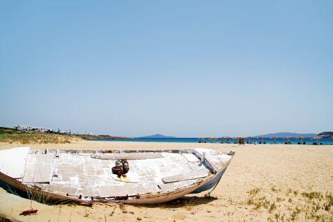 Golden Beach: An old boat