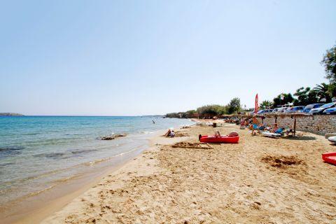 Golden Beach: Water sport activities