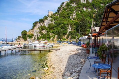 Frikes Village: Eat and drink by the sea.